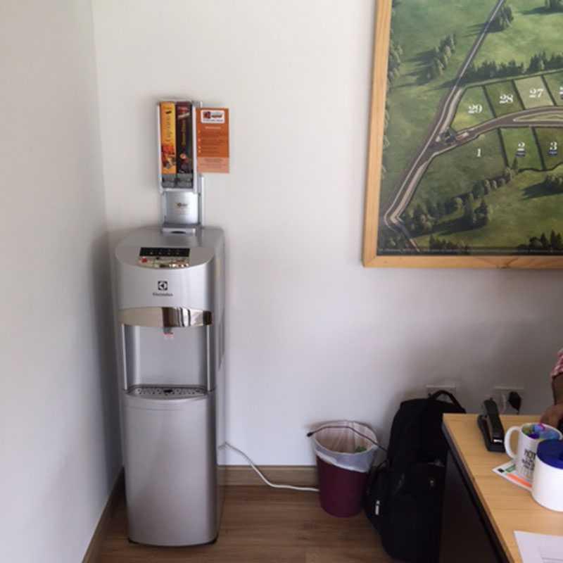 Dispensador de Agua para preparar café