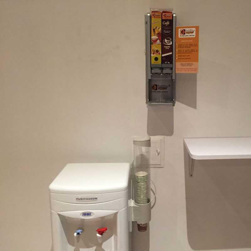 Dispensador de agua caliente