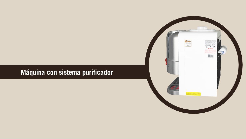 Maquina dispensadora de bebidas con sistema de purificación